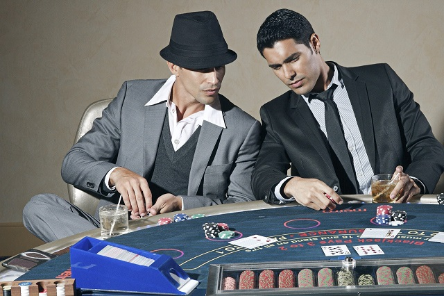 How will you exactly manage money at a casino?